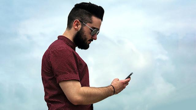 Científicos revelan si hay relación entre el uso del móvil y el cáncer