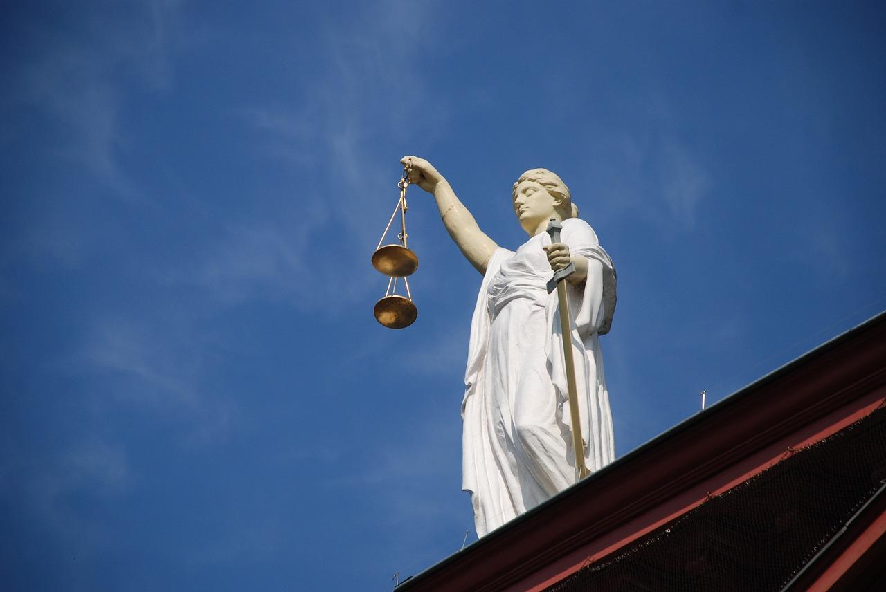 Les huissiers de justice avaient détourné 1 million d'euros au Fisc