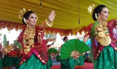 Tarian Trdaisional Sulawesi Barat