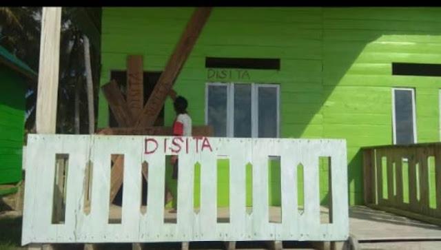Berlarut-Larut, Proyek Home, Stay Desa Rajuni Selayar Di Segel