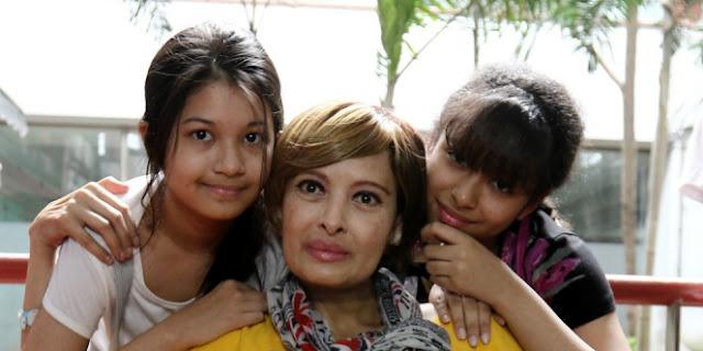 Artis Senior Yana Zein Meninggal Dunia
