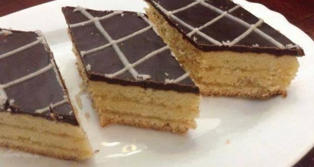 حلوة الطبقات من الحلويات التقليدية سهلة بالصور