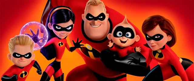 La familia de superhéroes de Los Increíbles al completo
