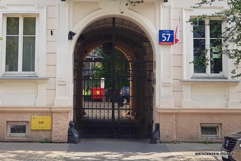 brama przejazd bramny Warszawa Warsaw kamienica architektura architecture zabytek warszawskie kamienice