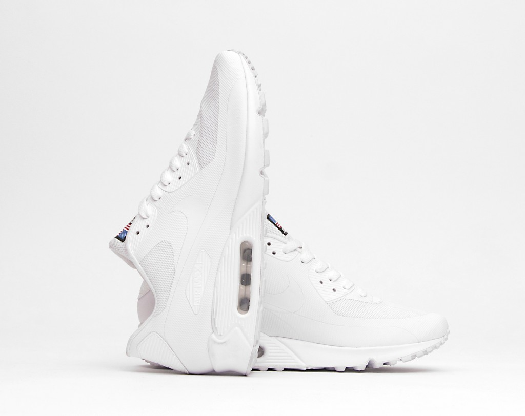wholesale dealer 2b8ef 196cd My current  desirable  is these cocaine white Nike Air Max 90 Hyperfuse.   sniffs .