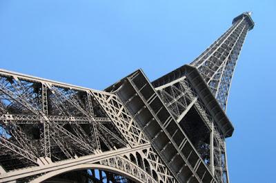 Foto Patrick Verdier - Matéria Torre Eiffel - BLOG LUGARES DE MEMÓRIA