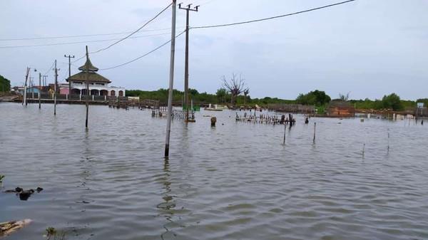 4 Desa di Muaragembong Kembali Terendam Banjir Rob