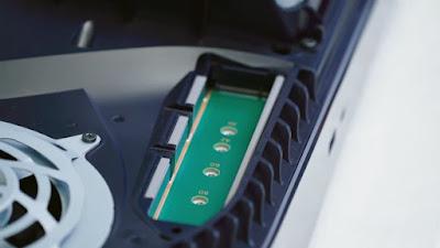Slot expansi M.2 SSD PS5