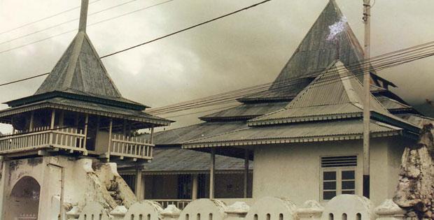 PeninggalanKerajaan Ternate dan Tidore, Raja-Raja Kerajaan Ternate dan Tidore