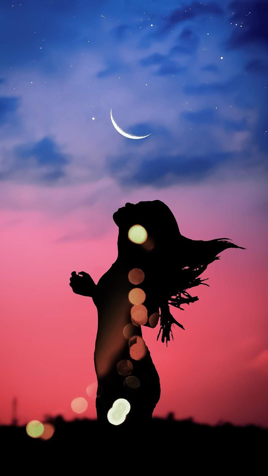 Ngắm trăng giữa đêm