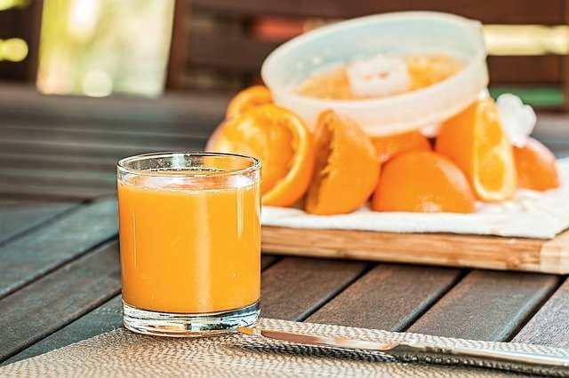 هل عصير البرتقال يسبب الاسهال؟