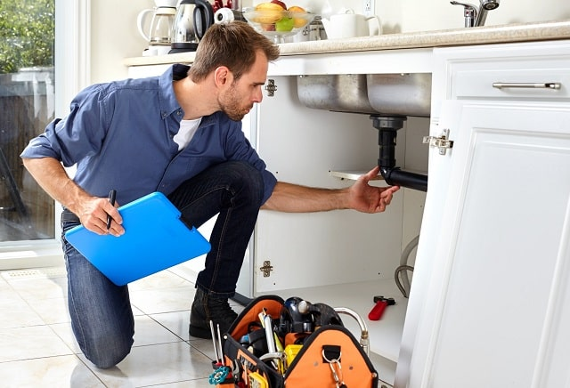how to start a plumbing business plumber startup guide