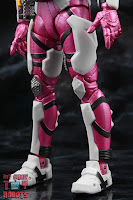 S.H. Figuarts Kamen Rider Jin Flying Falcon 08