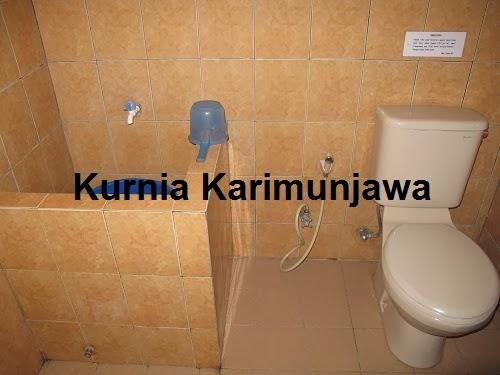 kamar mandi blue laguna in karimunjawa