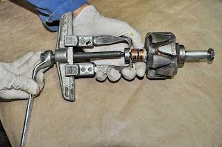 extracción rodamiento-bearing NTN 6200LU alternator rebuild Valeo 43619