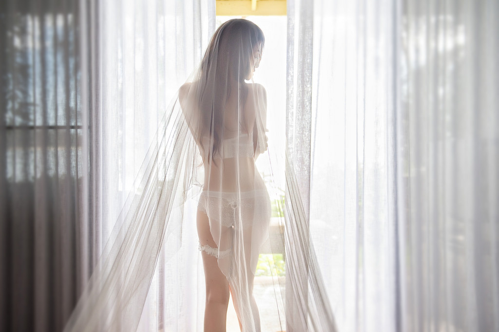 Hot Girls ♔♔…  …Hẹn một mai , Trái tim qua giông bão …Sẽ cùng ngồi thương thảo chuyện trăm năm - Trang 23
