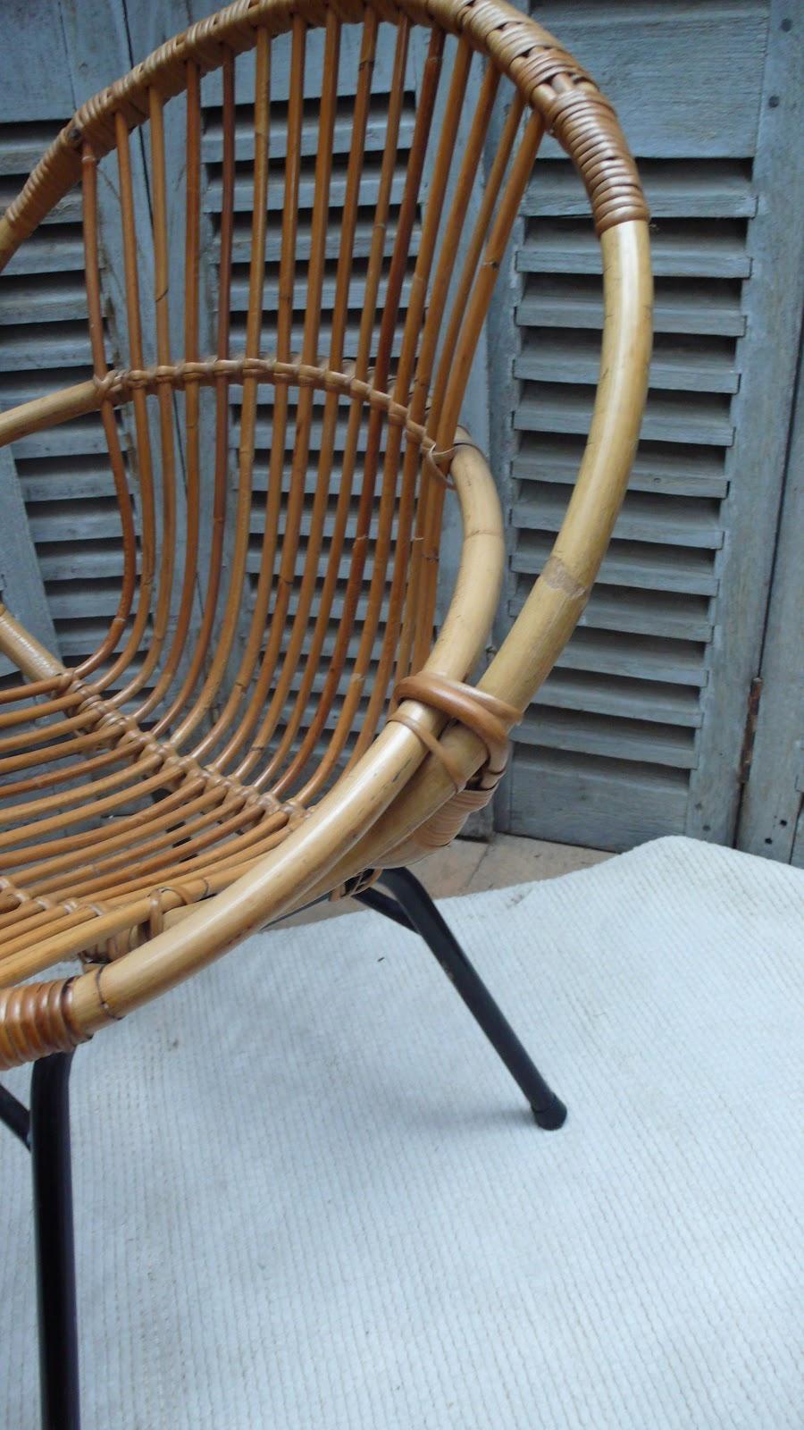 les mh mes en goguette des fauteuils bambou 50 39 70 39 s. Black Bedroom Furniture Sets. Home Design Ideas
