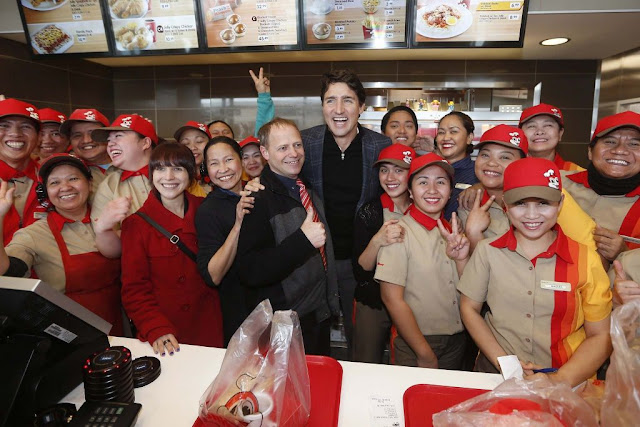 SPOTTED! Prime Minister Justin Trudeau Visits the First Jollibee in Canada!