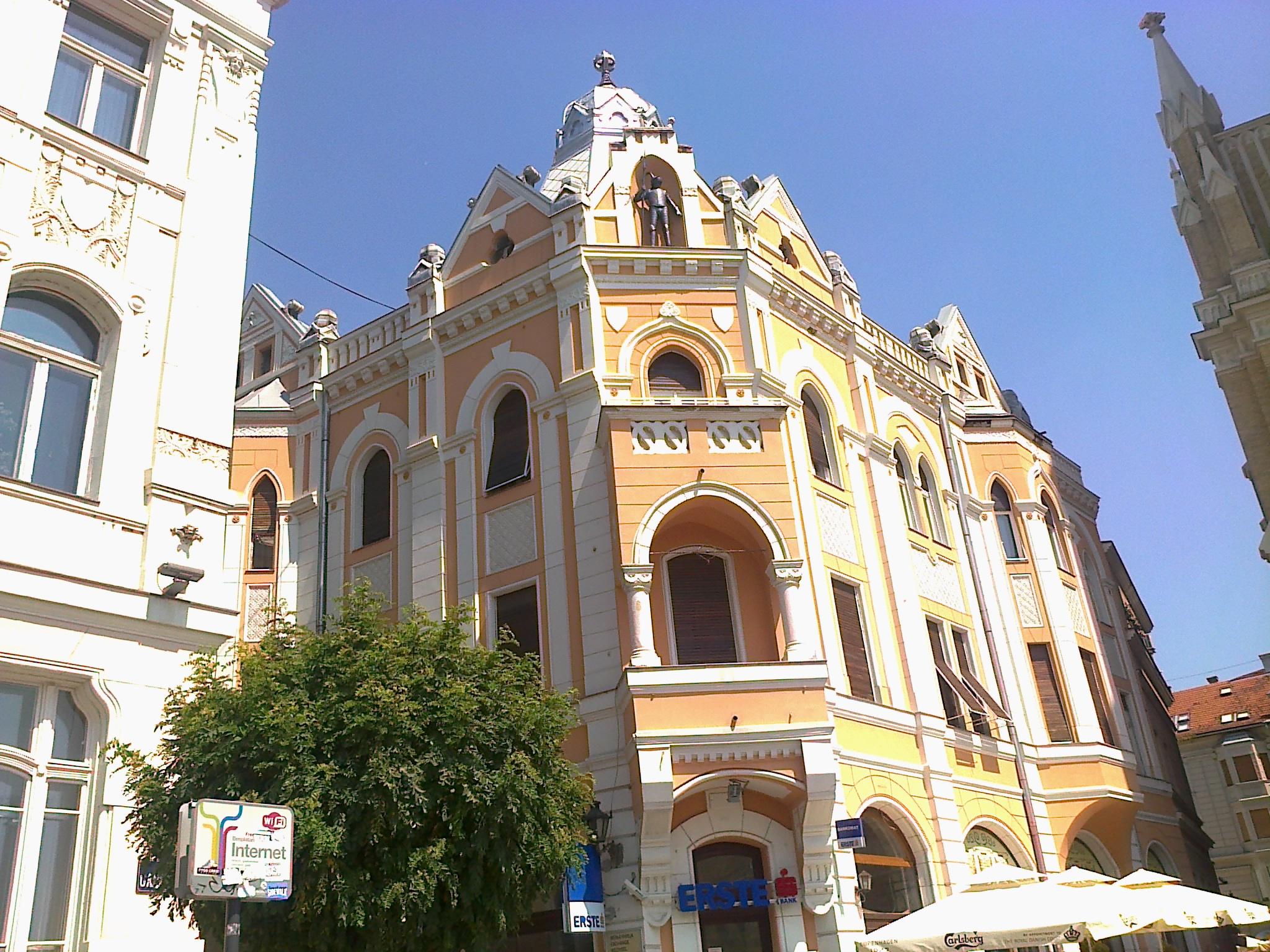 Gvozdeni čovek, Novi Sad, centar