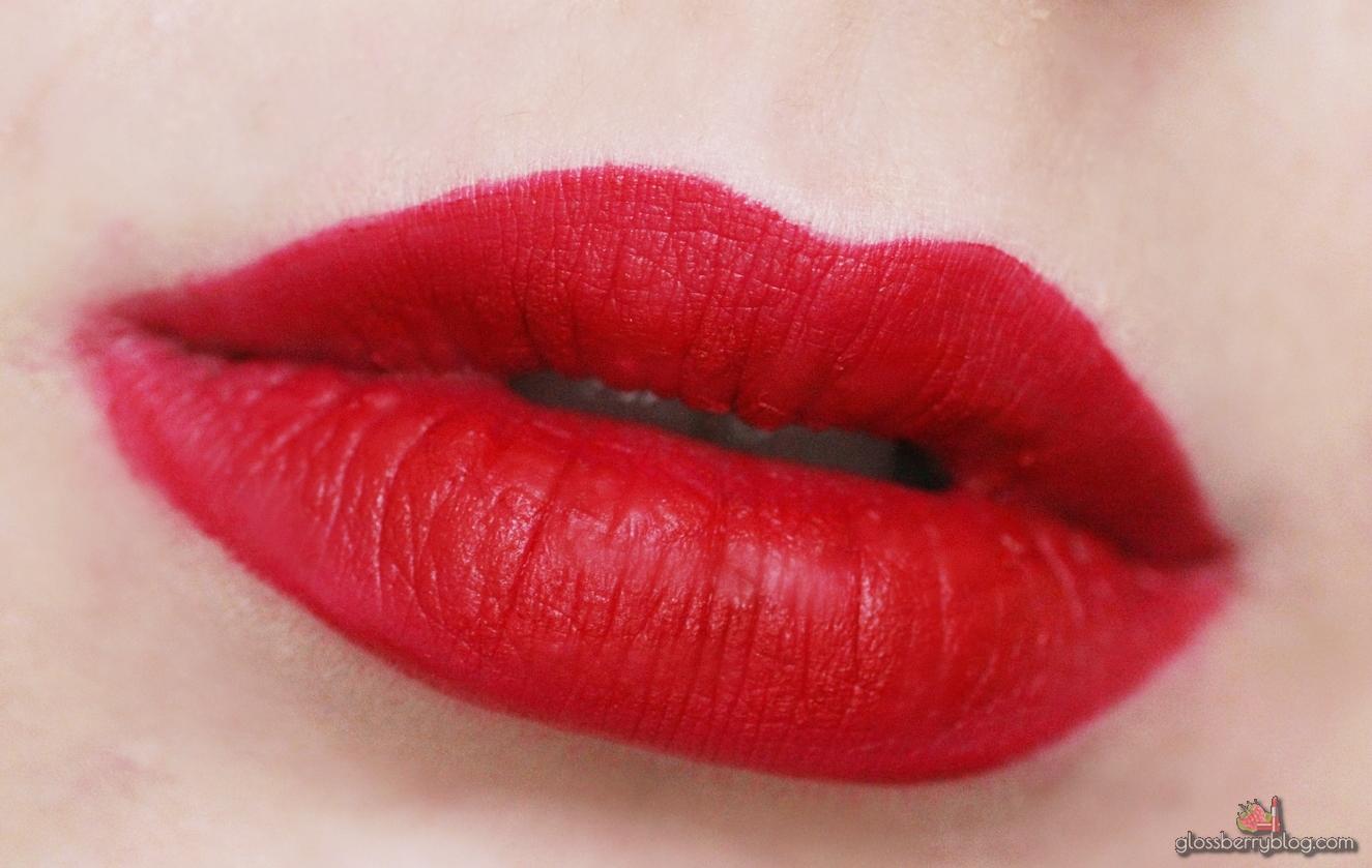 OFRA - Long Lasting Liquid Lipstick - Atlantic City review guilty guilty.co.il סקירה אטלנטיק סיטי עפרה שפתון נוזלי עמיד מאט אדום גילטי ביקורת המלצה גלוסברי בלוג איפור וטיפוח