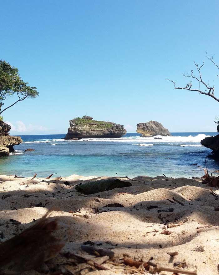 Rute Lokasi Ngliyep Beach Malang