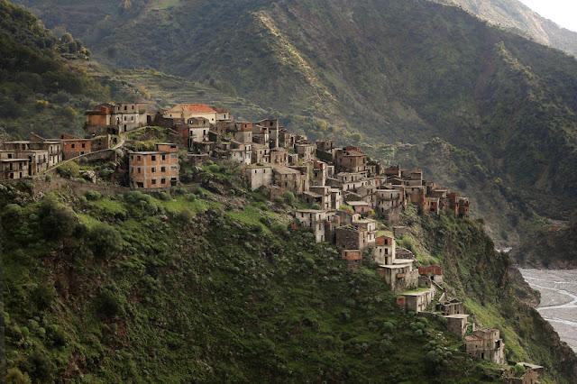 omorfos-kosmos.gr - Φωτογραφίες από εγκαταλελειμμένα μέρη της Ιταλίας