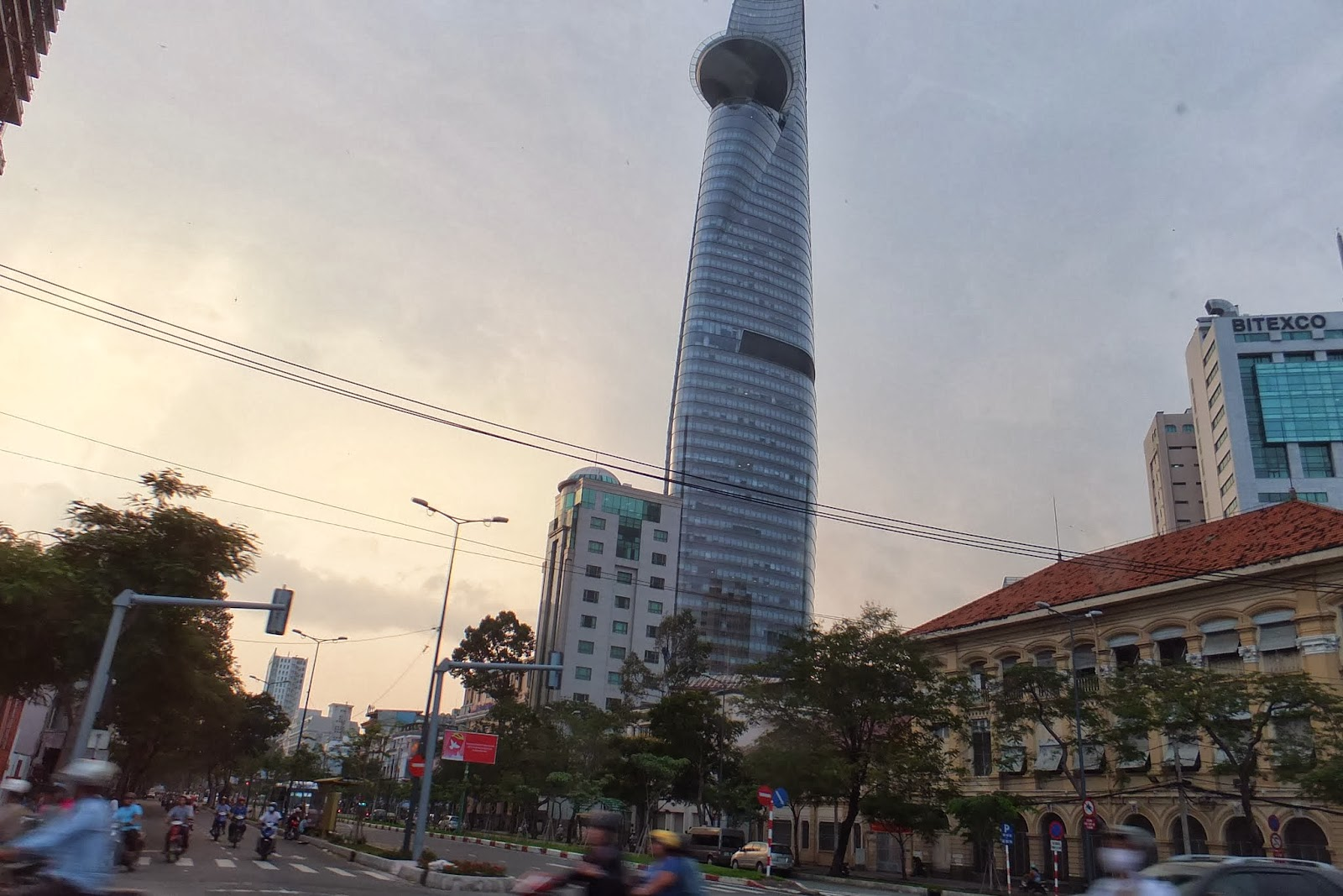 Bitexco-financial-tower