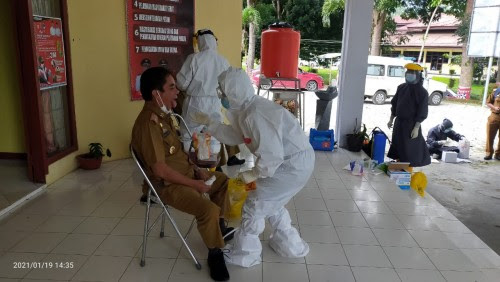 Kantor DPMP Lampung Barat Mendadak Ramai