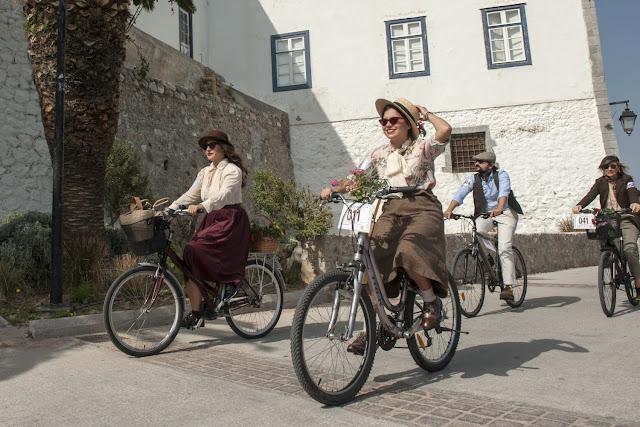 Vintage αισθητική και αέρας εποχής με το Tweed Run στις Σπέτσες για 6η χρονιά