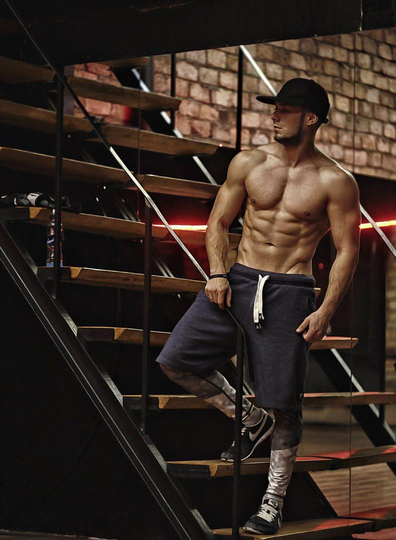 bad-boy-street-style-shirtless-fit-baseball-cap-bro-abs-dude