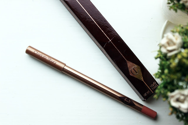Charlotte Tilbury Lip Cheat in Pillow Talk With Swatches