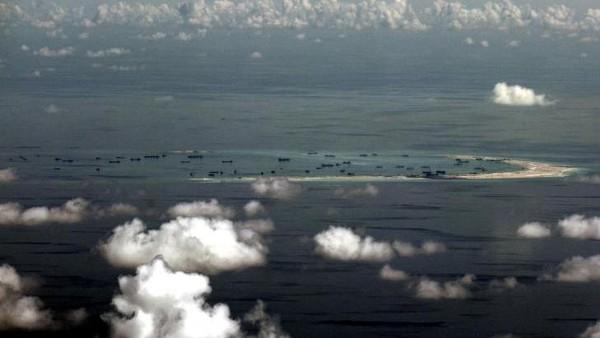 Tegang! Filipina Usir Kapal Perang China dari Laut China Selatan