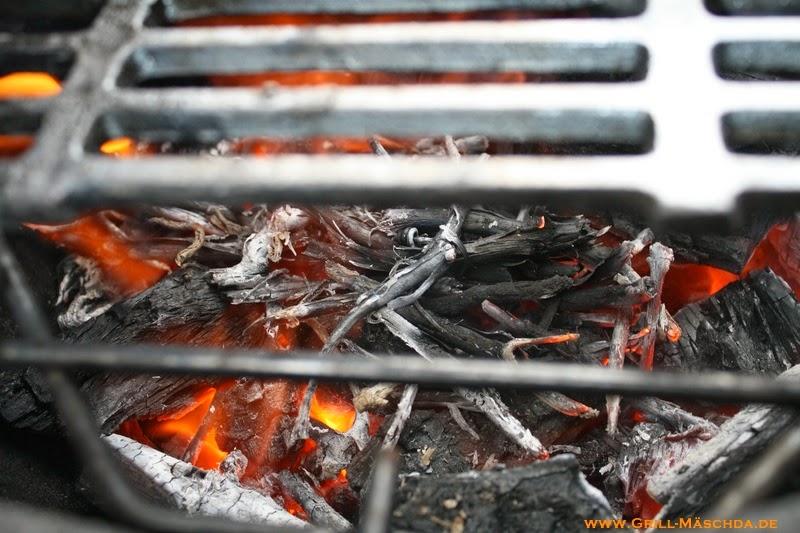 grill m schda der blog smoken im gasgrill. Black Bedroom Furniture Sets. Home Design Ideas