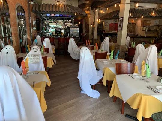 Cara Unik Pemilik Restoran Terapkan Physical Distancing
