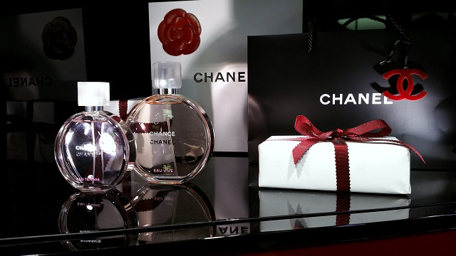 chanel beauty boutique firenze, veronique tres jolie, chanel chance