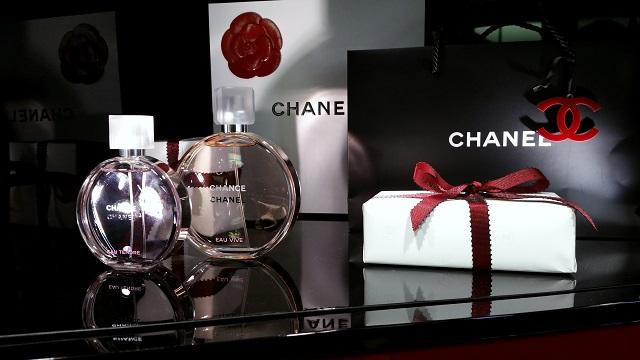 chanel beauty boutique firenze, veronique tres jolie, chanel chance