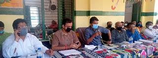 जिलाधिकारी ने कैलवल में चौपाल लगाकर सुनीं ग्रामीणों की समस्याएं | #NayaSaberaNetwork