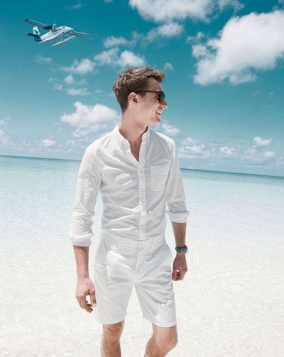 look masculino branco com camisa de linho tendencia masculina 2018