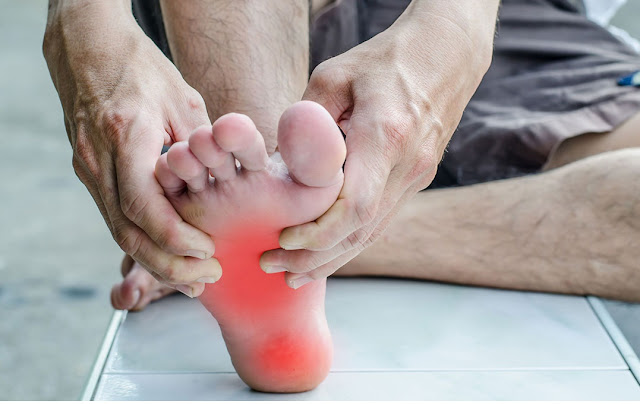 وصفة طبيعية لعلاج ألم الرجلين