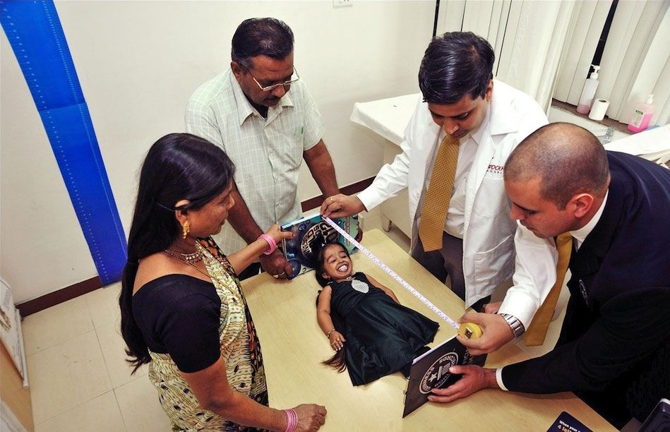The Smallest Woman In The WorldThe Smallest Person In The World 2013