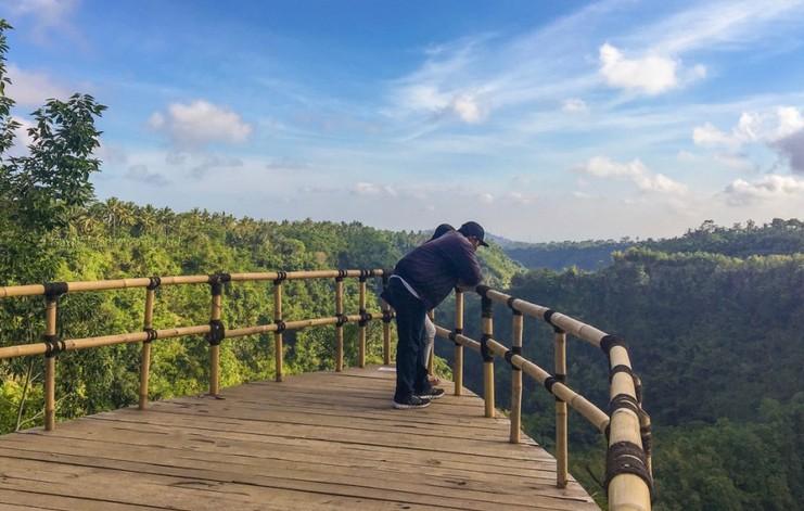 Tempat Selfi Extreme Ala Anjungan Dusun Antugan