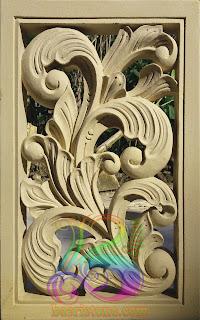 ukir batu alam motif klasik untuk hiasan rumah