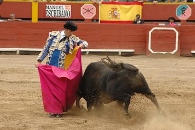 torero Escribano corrida toros plaza lima peru