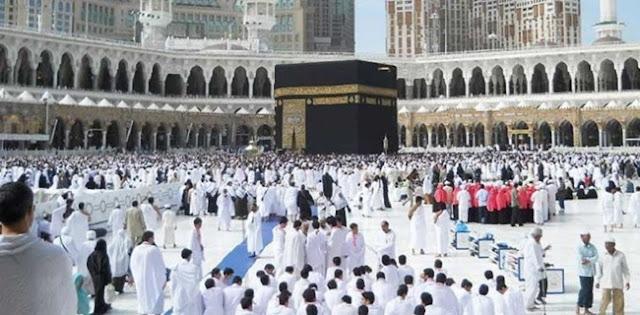 Arab Saudi Lanjutkan Ibadah Umrah Secara Bertahap Mulai Bulan Depan