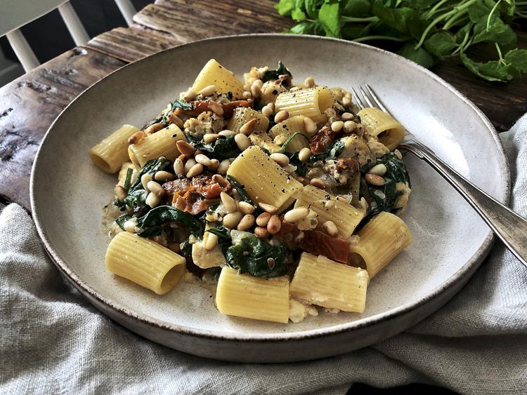 tofu-pinaattipasta