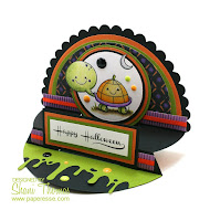 Presscut scalloped semi-circle die Halloween card, by Paperesse.