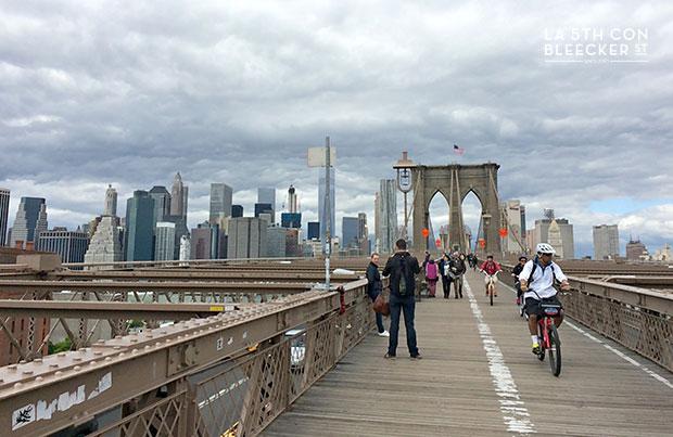 Puente de Brooklyn en bicicleta