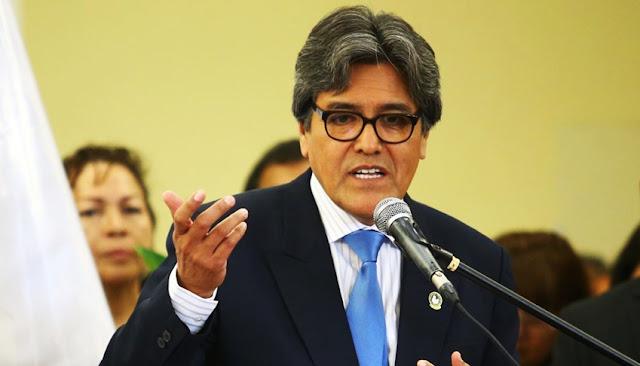 Exministro de Salud, Abel Salinas Rivas