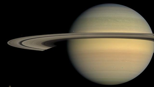 Encélado lua de Saturno