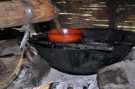 proses pembuatan gula botong di sungai sambang rawak